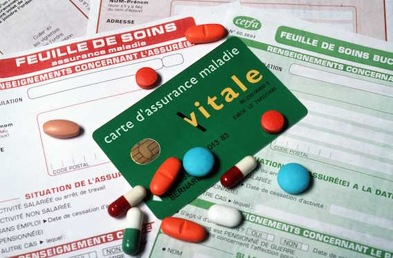Médicaments : les médecins prescrivent toujours trop de marques