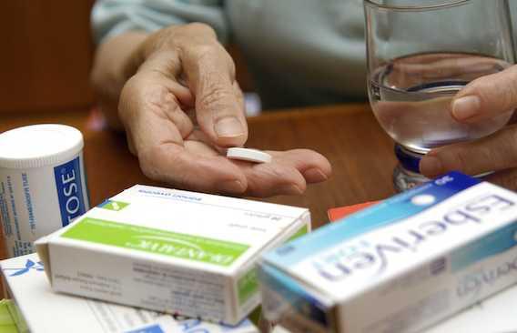 Médication des seniors : \