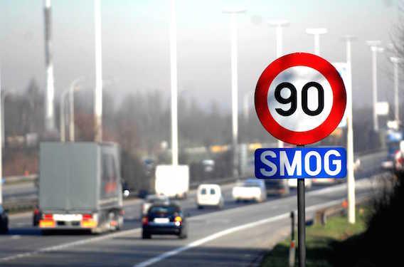 Pollution : Anne Hidalgo s'attaque au lobby du diesel