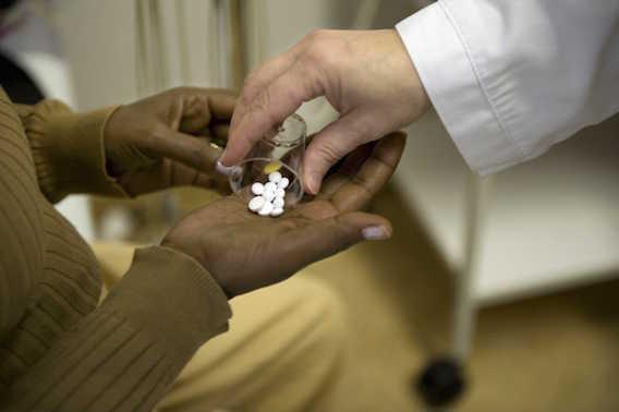 Immigration : le titre de séjour pour soins se réforme