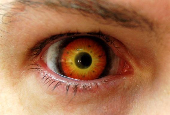 Halloween : gare aux lentilles fantaisie contrefaites