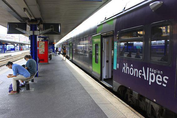 Cas suspect d'Ebola : fausse alerte à Lyon