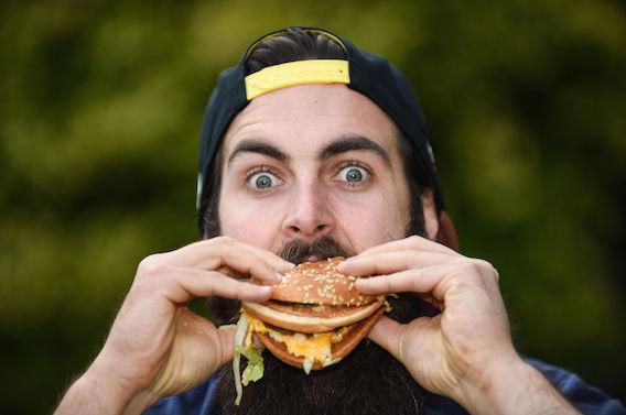 Un végétarien sur trois consomme de la viande en état d'ébriété