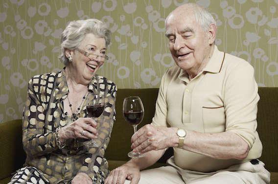 Le vin au quotidien nuit au cœur des seniors