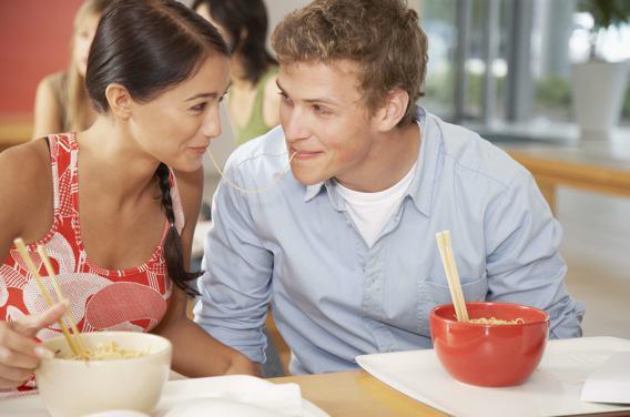 Sexualité : les ados, amoureux et conscients des risques