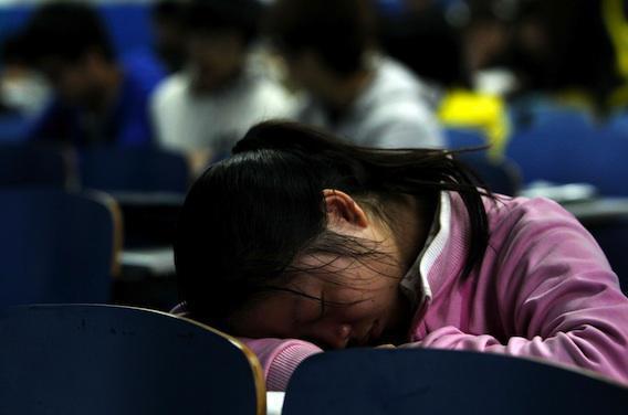 Sommeil  : un ado sur trois s'endort en classe