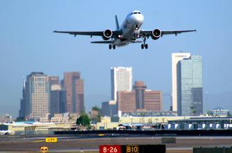 Avion : une femme atteinte d'un cancer interdite de vol