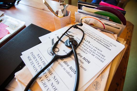 Médecins :  4 jours de grève contre la loi de santé