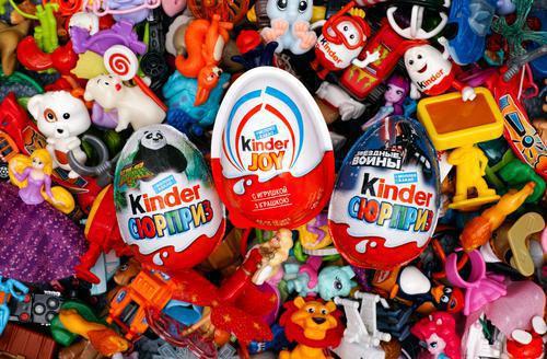 Obésité : les jouets Kinder et MacDonald's interdits au Chili