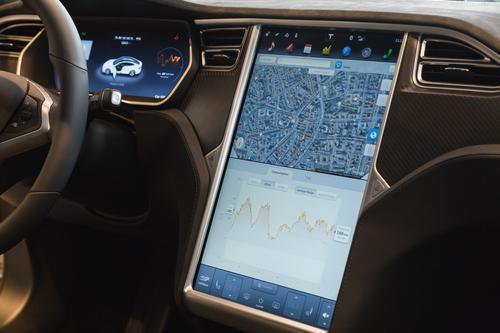 Voiture autonome : l'Autopilot hors de cause dans l'accident mortel