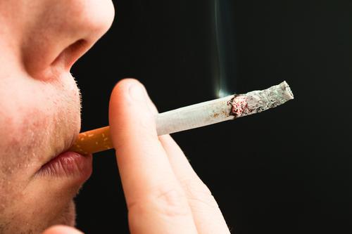 Tabac : fumer peut altérer jusqu'à 7000 gènes