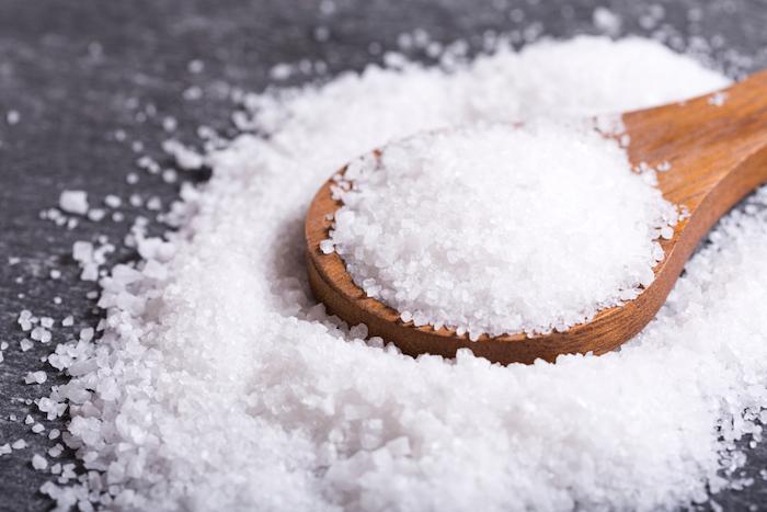 L'excès de sel double le risque de crise cardiaque
