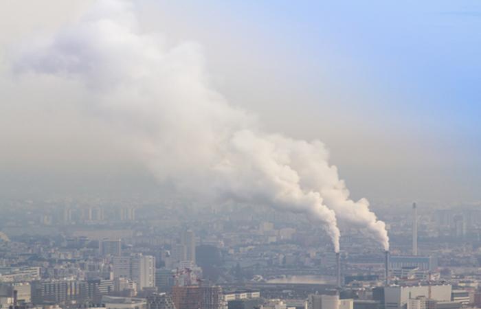 Pollution atmosphérique : l'Anses préconise des normes plus strictes