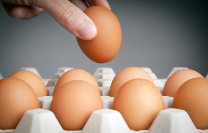 Donner un œuf par jour aux bébés favorise leur croissance