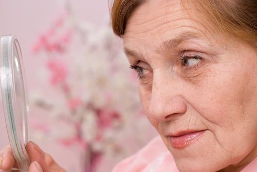 La rosacée augmente le risque de démence