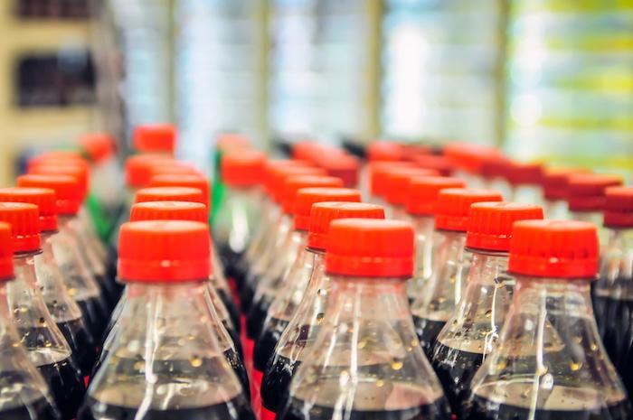 Obésité: le Coca-Cola est de moins en moins cher