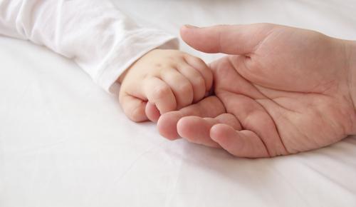Marseille : la justice ordonne la poursuite des soins sur un bébé