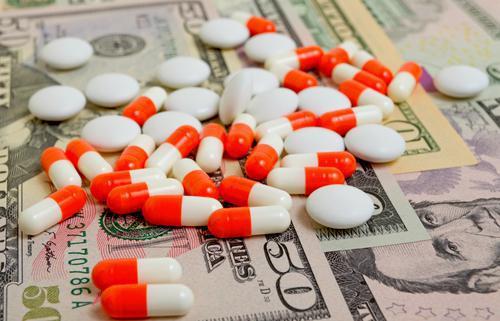 Les douanes saisisent près d'un million de produits de santé illicites