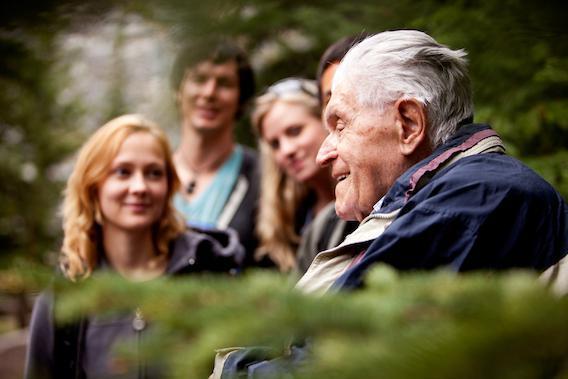Alzheimer : les souvenirs ne seraient pas définitivement perdus