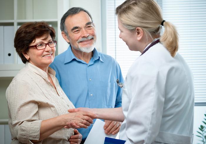 Maladies chroniques : experts et patients prônent une \