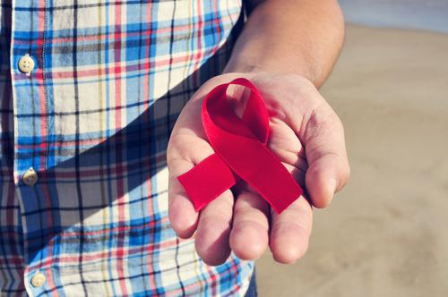 Sida : une campagne contre l'épidémie d'indifférence