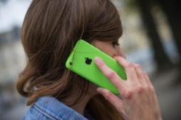 Ondes des téléphones portables : 2 fois plus dangereux pour les enfants