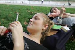 Tabac : l'interdiction aux mineurs...