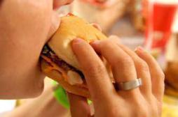Alimentation : les messages santé passent mal chez les ados