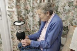 Alzheimer : un antidépresseur freine...