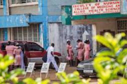 Ebola : la Sierra Leone met le pays en quarantaine pendant 3 jours