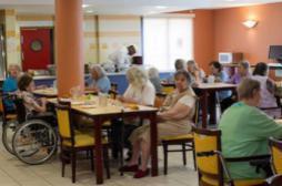 Maisons de retraite : 1 résident sur 5...