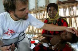 L'humanitaire, un terrain de formation pour les jeunes médecins