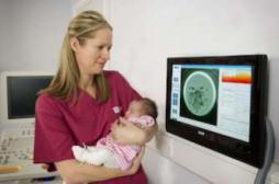 Infertilité : une nouvelle technique de FIV plus sûre et plus efficace