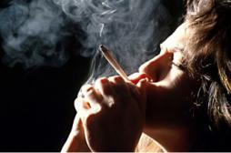 Sexualité : les fumeuses de cannabis...