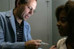 Papillomavirus : le vaccin n'augmente...