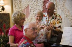 Alcool : un senior sur cinq boit trop