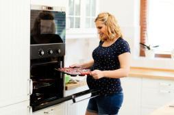 Grossesse : l'alimentation de la mère peut favoriser l'obésité de l'enfant