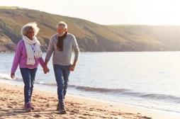 Marche-t-on vraiment moins vite quand on marche en couple ?