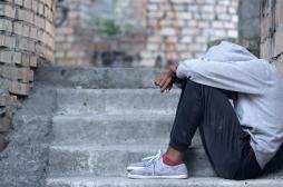Troubles psychologiques et addictions : l'épidémie fait des dégâts chez les jeunes