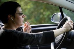 Sécurité routière : oui aux boîtes noires, non aux kits mains libres ?