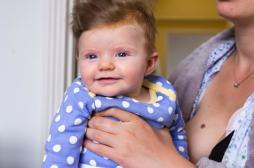 Pourquoi les bébés nous sourient