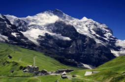 Assurance-maladie : la Suisse rejette le principe d'une caisse publique