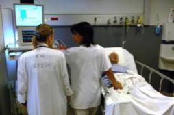 Les hôpitaux réclament des sanctions contre les cliniques grévistes