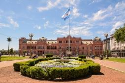 Les Argentins, partagés entre la poursuite du confinement et sa suspension