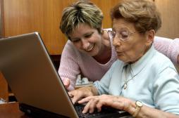 Alzheimer : atténuer les symptômes, faute de soigner