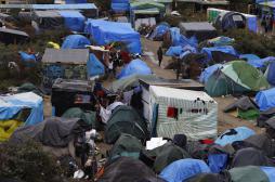 Migrants de Calais : des ONG déposent un référé pour accélérer l'aide publique