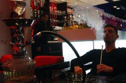 Chicha : 1 adolescent sur 5 a fumé une fois dans l'année