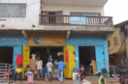 Ebola : des infections en Afrique de...
