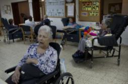 Alzheimer : avoir fait des études retarde de 7 ans la démence