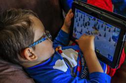 Tablettes et smartphones altèrent le sommeil des enfants